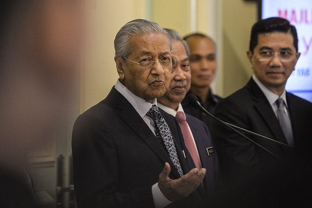 PM tells civil servants to prepare for industry 4.0