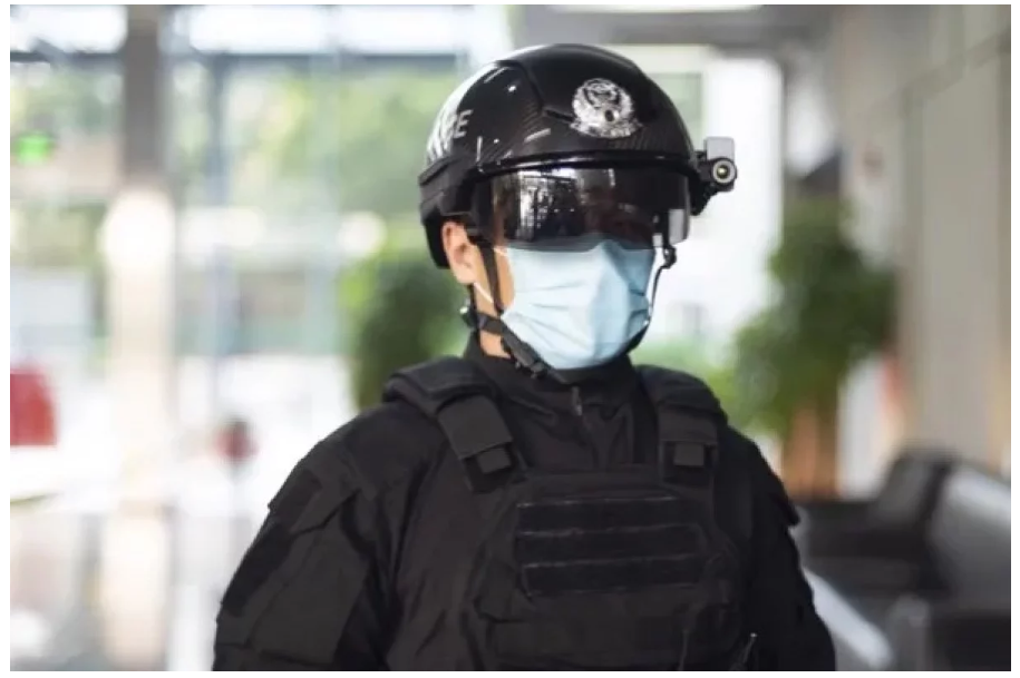 Chinese police now have AI helmets for temperature screening